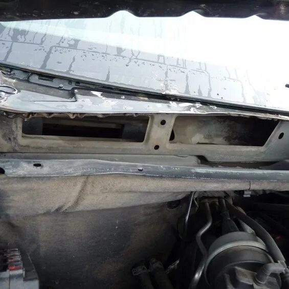 Замена штатного фильтра салона Jeep Grand Cherokee WK2 на угольный фото