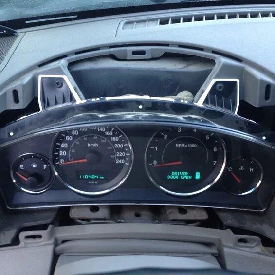 Установка европейской приборной панели на Jeep Grand Cherokee WK фото