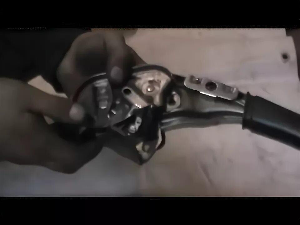 Замена рукоятки стояночного тормоза Ford Focus I