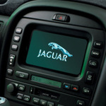 Поломка мультимедийного экрана на Jaguar X-Type фото