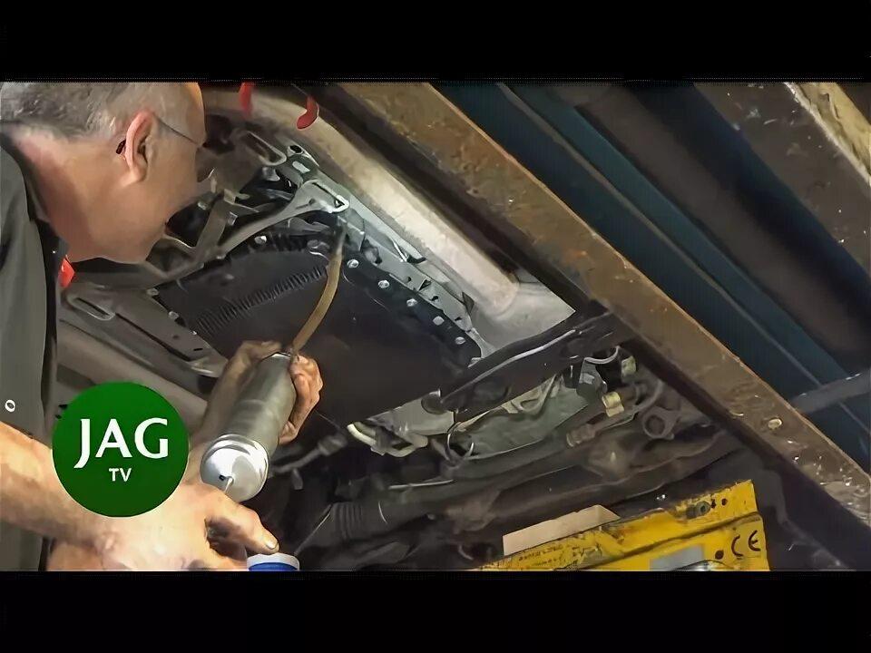 Странные звуки во впускном коллекторе Jaguar X-Type