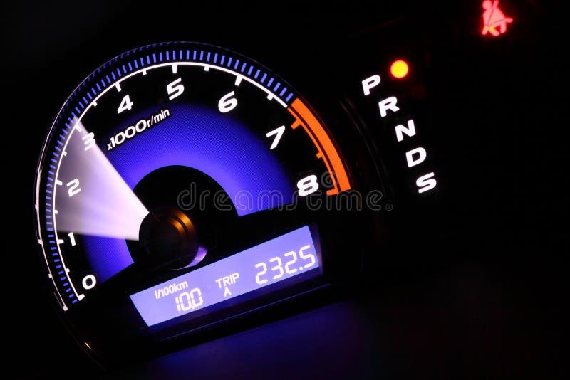 Неравномерно работает двигатель, повышенные обороты на холостом ходу у Chery Bonus