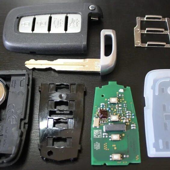 Как поменять батарейку в ключе Hyundai ix35 фото